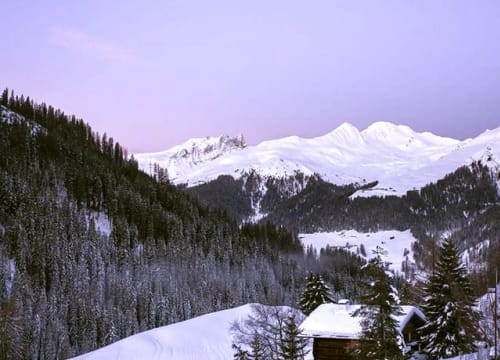 RT @TheSkiClub: The start of another beautiful day in @DavosKlosters https://t.co/0FXSk9wMXV