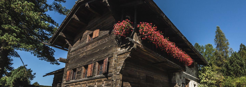 Brot backen im Nutli-Hüschi & Besichtigung Rohrmühle
