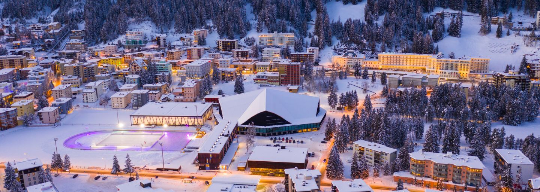 Eistraum Davos: Vollmond-Eisstock und Fondueplausch