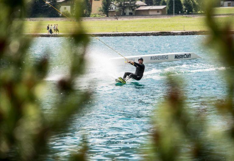 Die neue Wakeboard-Saison am Davosersee ist gestartet