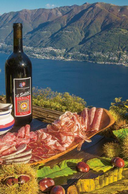 Mit traumhaften Blick auf den Lago Maggiore