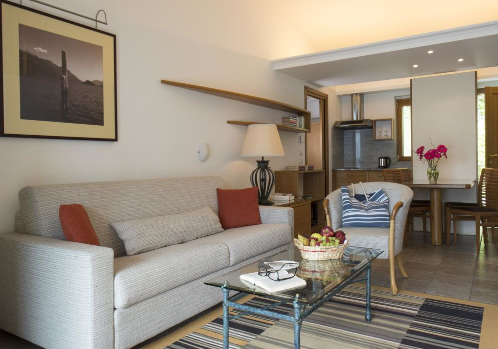 Classic One-Bedroom Suite with lake view