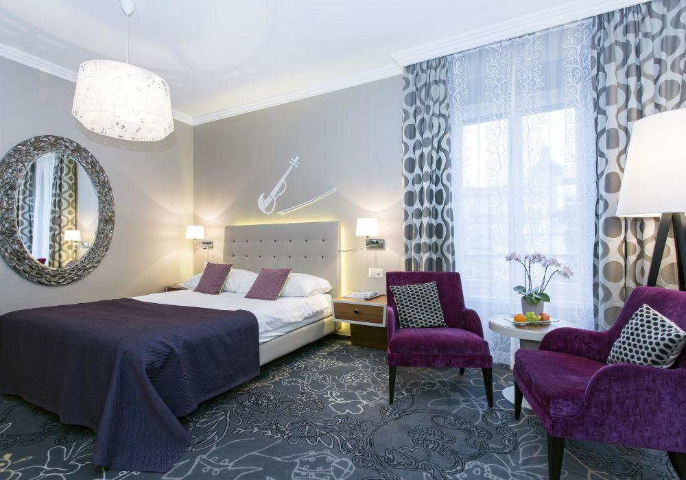 Style Doppelzimmer mit Sicht auf den Vierwaldstättersee