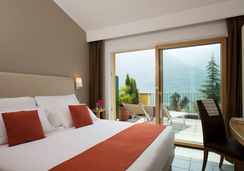 Classic One-Bedroom Suite mit Terrasse und Seesicht