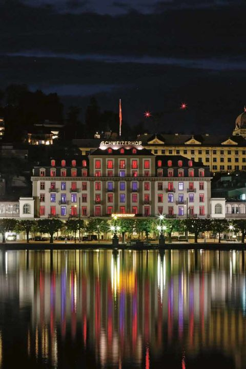 La ville, le lac, les montagnes - Schweizerhof Luzern