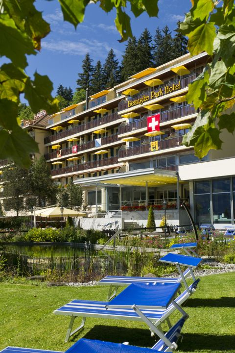 Hiking wonderland Wengen - Beausite Park Hotel & Jungfrau Spa