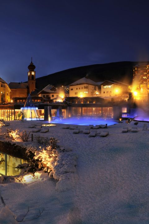 Pre-Christmas Ski & Wellness Special at ADLER Dolomiti