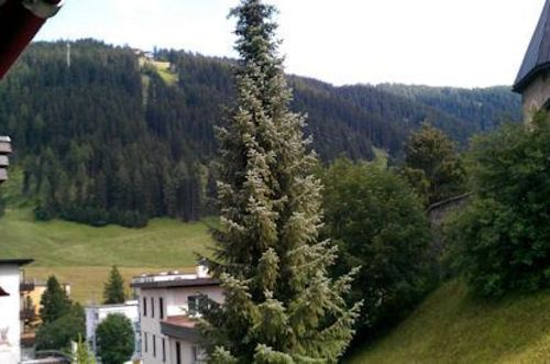 Quellenhof D04