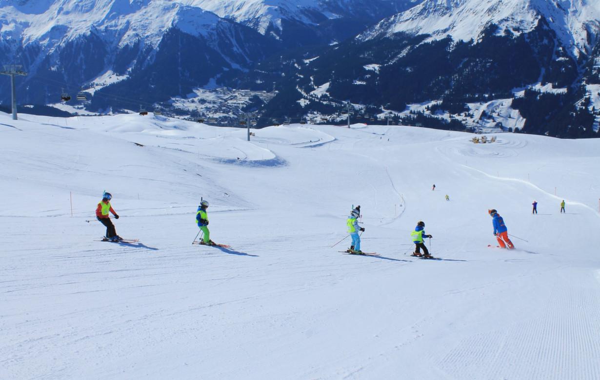 Kinder Ski Halbtags Red League