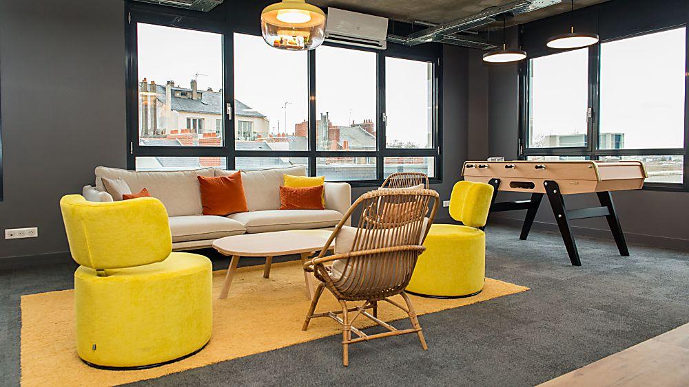 Take A desk immobilier Nantes centre viarme bureau ferme ouvert partage