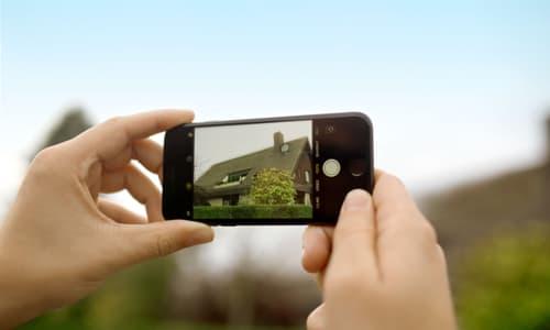 Dachfotos können ganz einfach mit dem Smartphone gemacht werden