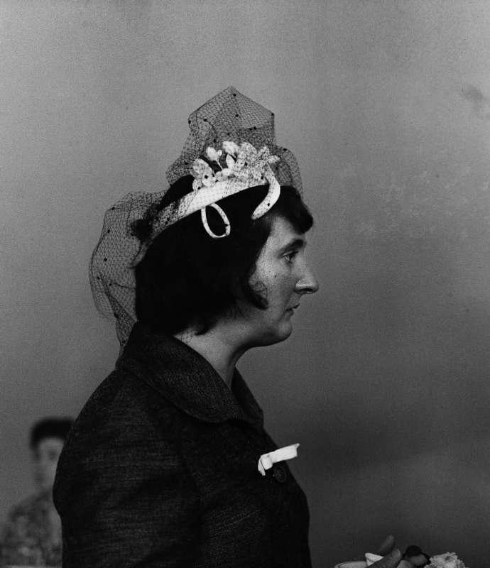 Photo en noir et blanc de Gabriel Cuallado, intitulée Femme de Penella (au quotidien)