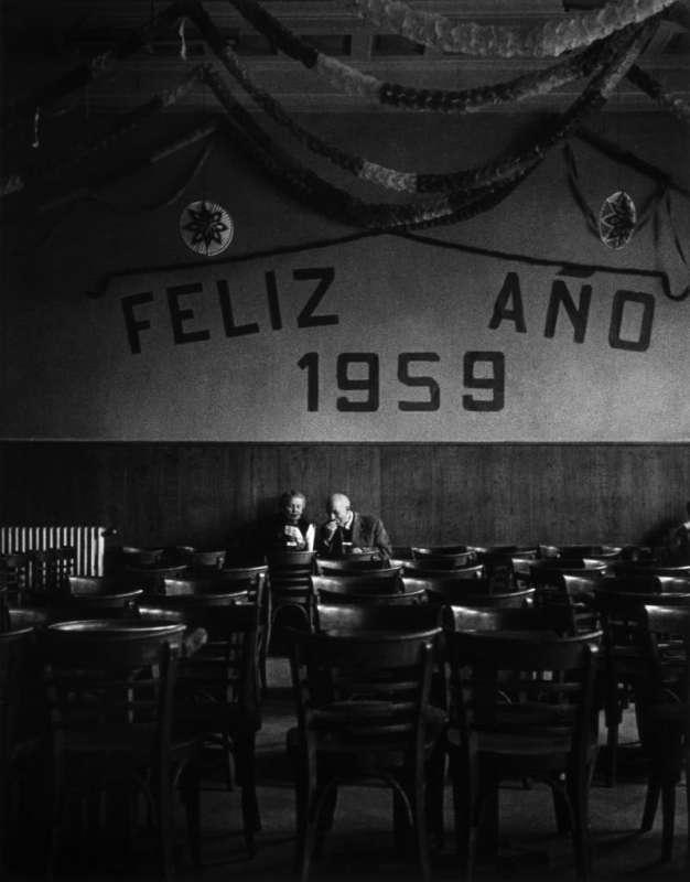 Photo en noir et blanc de Gabriel Cuallado, intitulée Joyeux 1959 (Madrid)