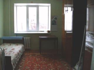 Комната 12.5 м² в 8-к, 2/5 эт.