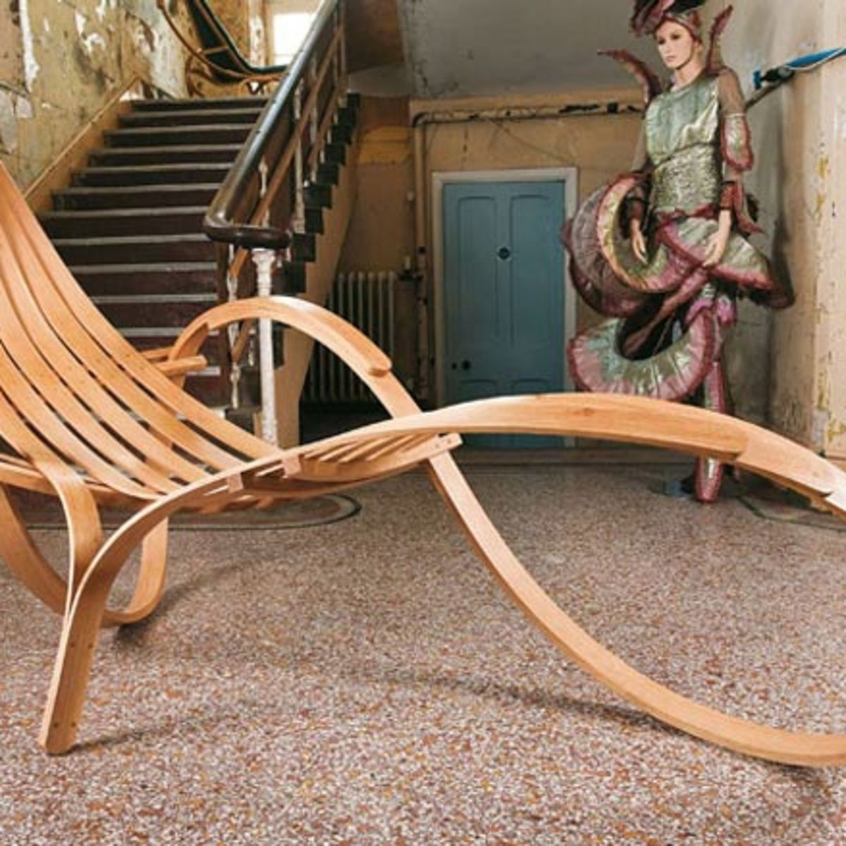 Tom Raffield's lounge chair wooden design