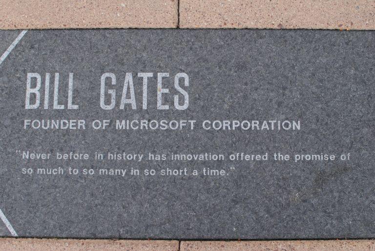 Bill Gates, Microsoft, stone plate