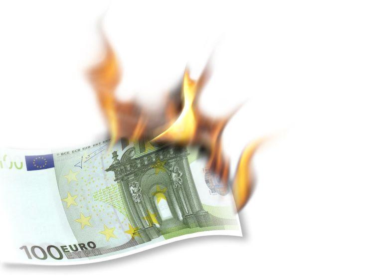 Burning Euro Note