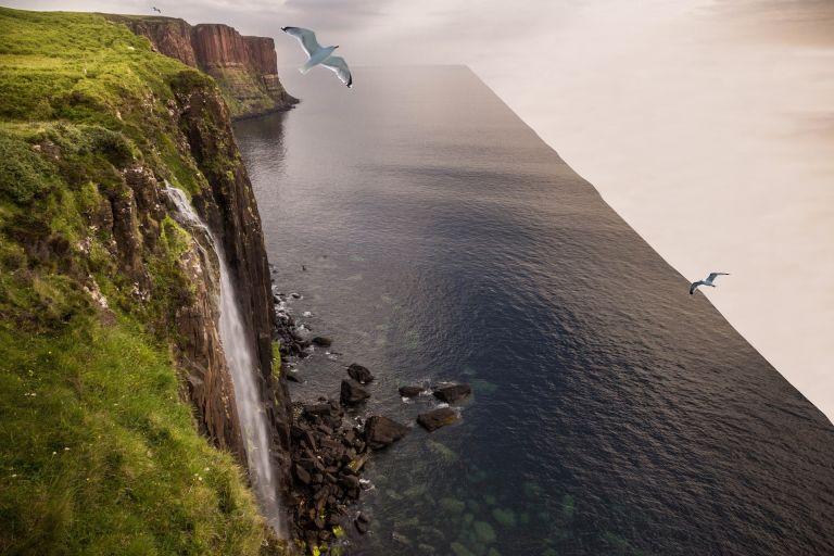 Flat earth foto montage, edge of the world, lake, sea