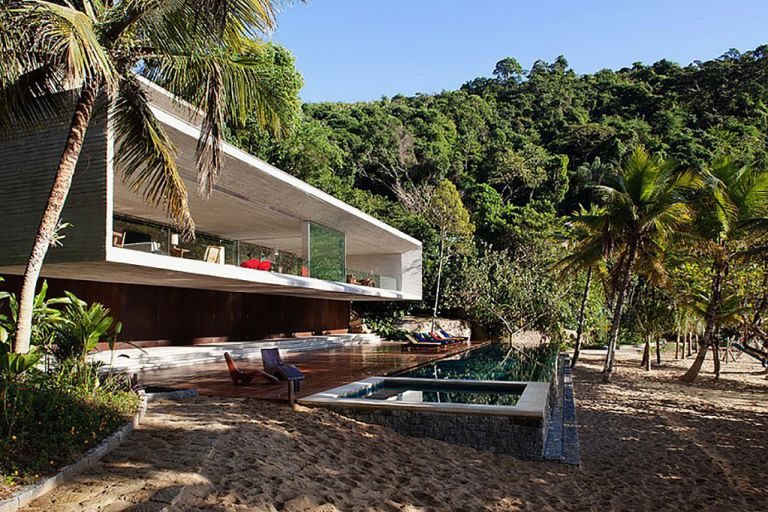 Paraty house in jungle of Brazil