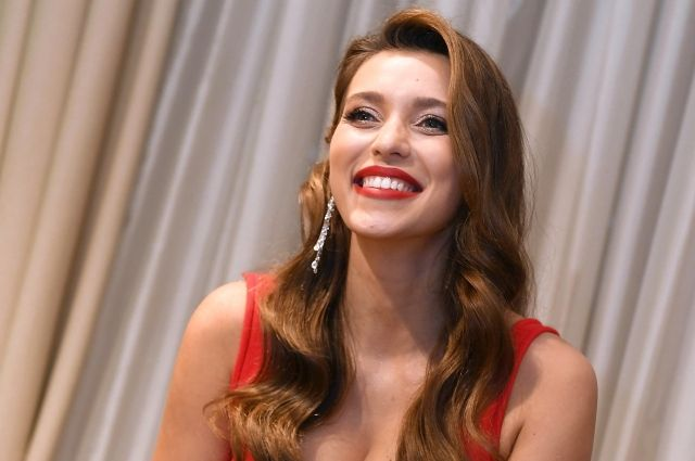 Тодоренко обратилась к подписчикам после лишения звания «Женщина года»