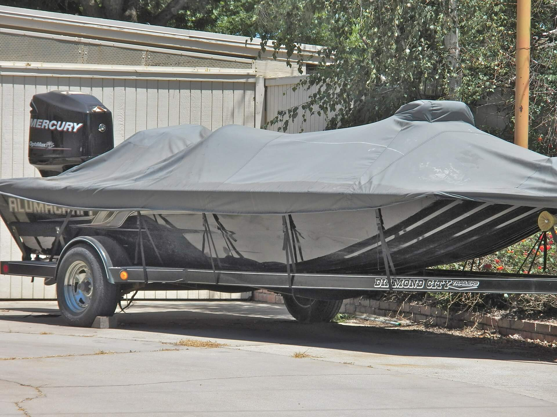 how to buy boat trailers - buying a trailer - boat trailer - trailers
