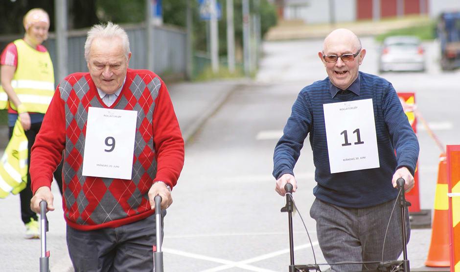 Her frå det årlege rullestol- og rullatorløpet som er aktivitet for eldre
