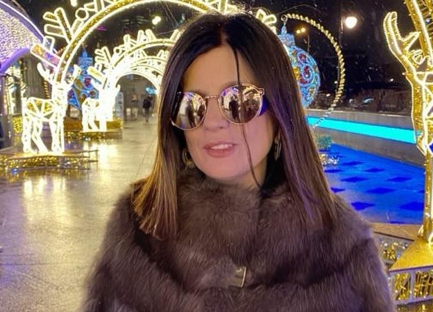 Диана Гурцкая показала, как выглядела без очков в интернате
