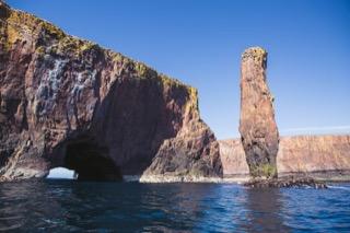 Sea stack & Lyra Skerry