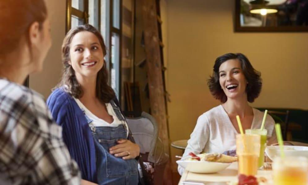 Eten als je zwanger bent: veilig uiteten