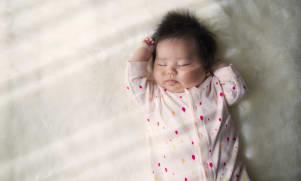Développement de Bébé : il a 2 mois