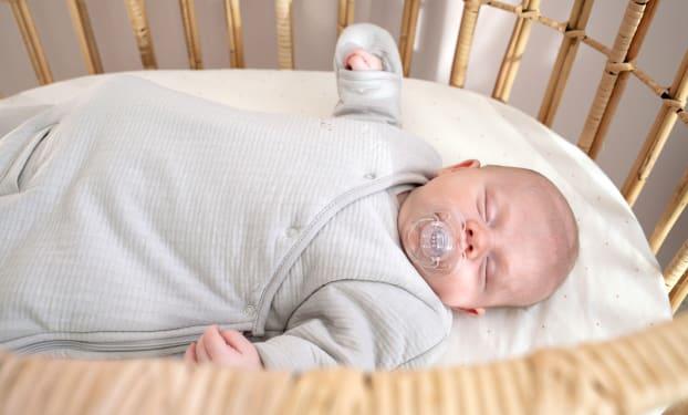 Wat moet je baby s 'nachts dragen?