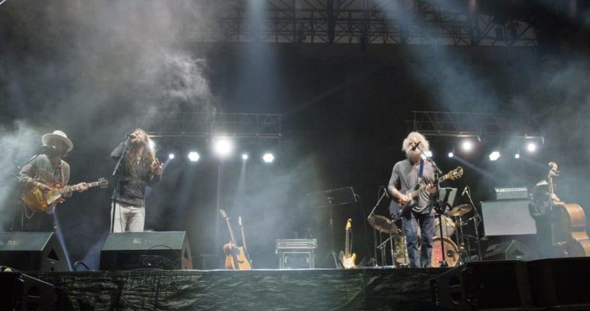 Bob Weir & Wolf Bros Welcome Chris Robinson, Jackie Greene At BeachLife Festival