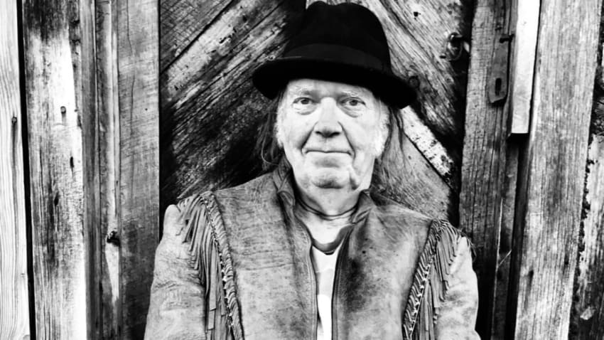 Neil Young Releases 'See The Sky About To Rain' 1970 Carnegie Hall Recording