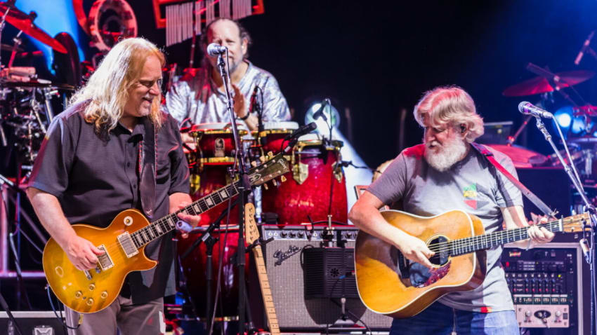 The String Cheese Incident & Warren Haynes Cover The Grateful Dead's 'U.S. Blues': Pro-Shot Video