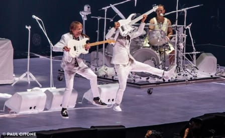 Phish Halloween 2020 Set 2 Audio Phish Invents A Band & Album To Cover On Halloween 2018 In Las