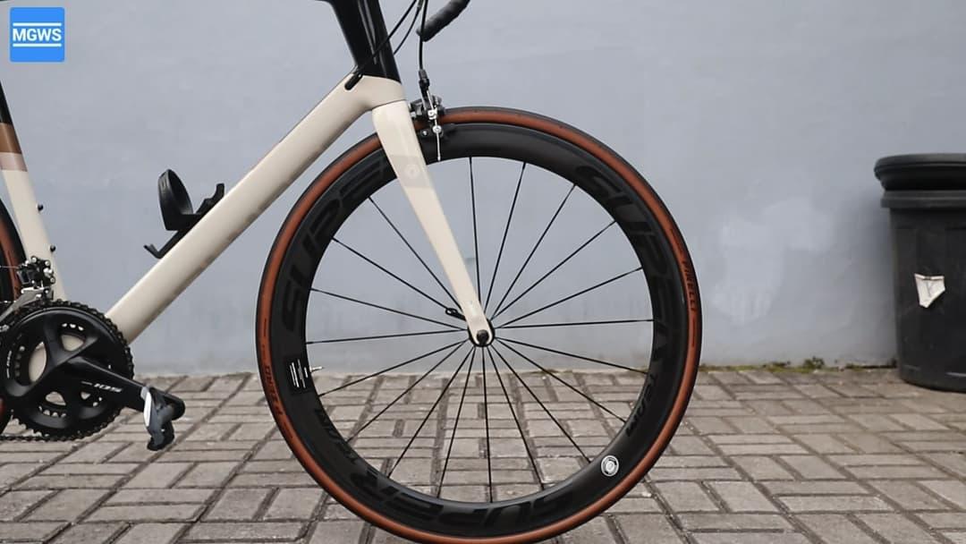 Yang Perlu Disiapkan Untuk Menggunakan Tubeless Tires di Roadbike
