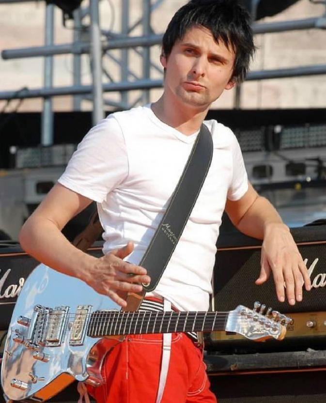 Солист группы Muse Мэттью Беллами стал отцом во второй раз