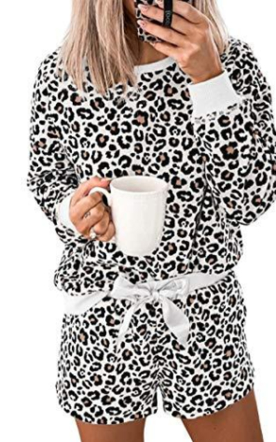 Kevmids Leopard Printed Pajamas Set