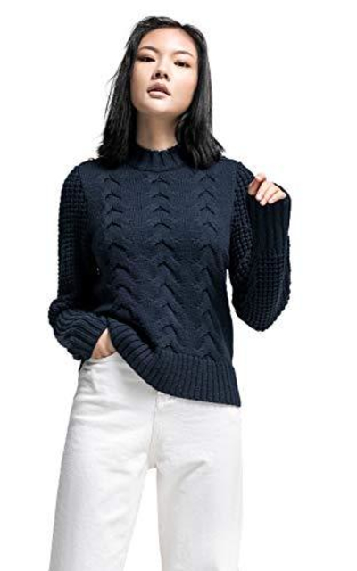HUTOBI  Cable Chunky Sweater