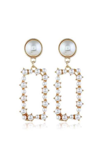 Simple Simulated Pearl Stud Earrings