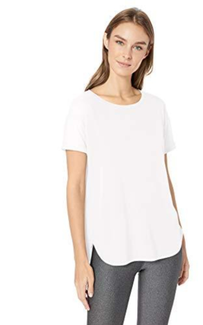 Amazon Essentials Studio Relaxed-Fit  T-Shirt