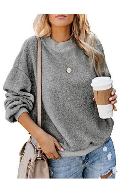 Dokotoo Fuzzy Sweatshirt