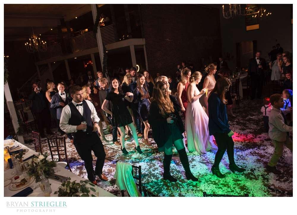 wedding dancing at the Ravington