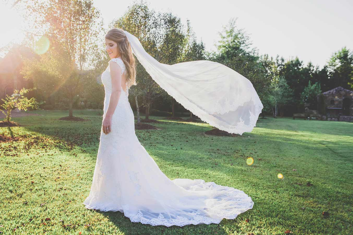 dealing with a windy wedding day