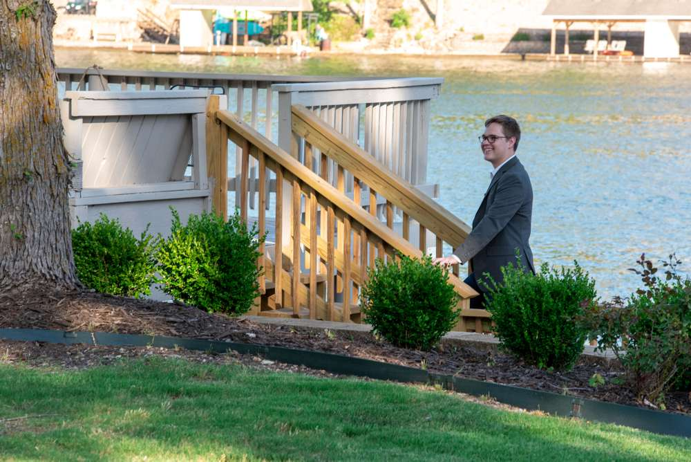 guy waiting to propose