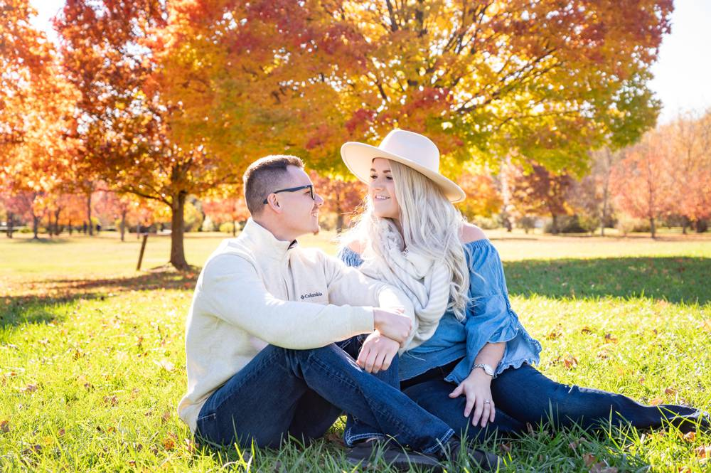 engagement photos with red trees
