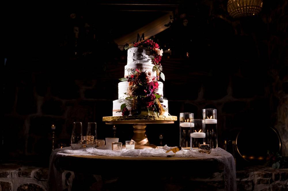 Dramatic photo of wedding cake