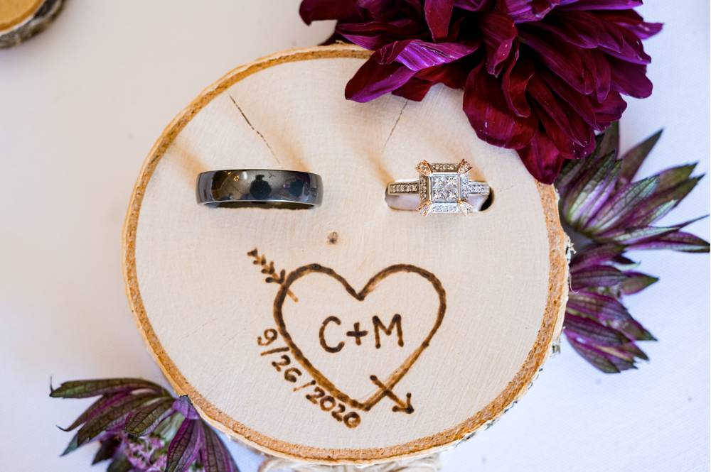 wedding rings with custom wood holder
