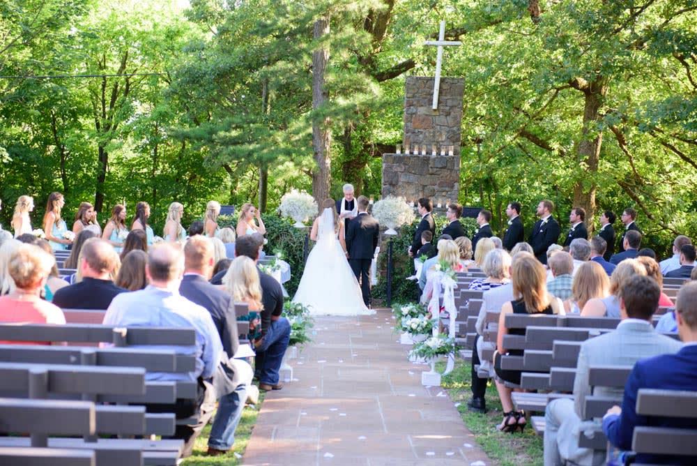 ceremony-mount Sequoyah