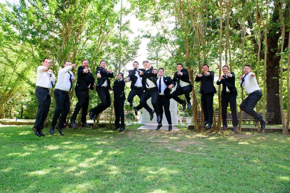 guys-jumping